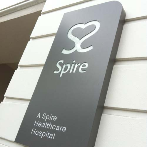 spire-healthcare-external-wall-sign
